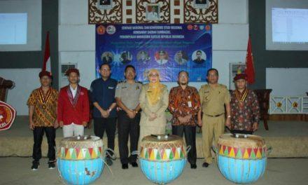 Yuliswani Buka Seminar Nasional dan Konfrensi Studi Regional