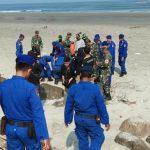 Ratusan Petugas Polri, TNI dan BPBD Gelar Simulasi Evakuasi Terhadap Korban Tsunami